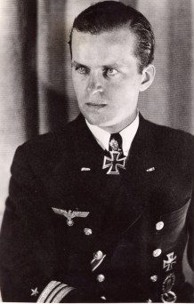 Fregattenkapitän Albrecht Brandi.