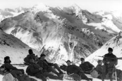 Gebirgsjäger group in late 1942 during the Battle of the Caucasus.