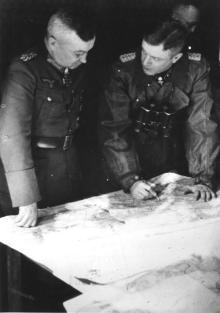 Walter Model (left) with SS-Brigadeführer Heinz Harmel.