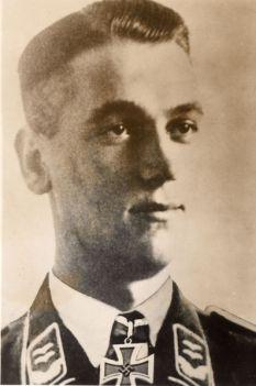 Reinhold Eckardt.