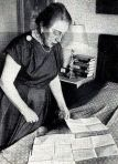 The always faithful wife Luise Funk, b. Schmidt-Sieben with letters of her husband from custody, Munich magazines on July 17, 1954.