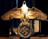 400 kilos heavy, two meters high and 2.8 meters wingspan: the proud and indestructible bronze eagle of the Admiral Graf Spee.