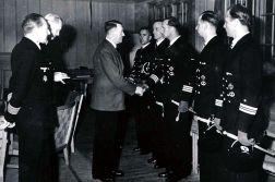 """Eichenlaubverleihung on 4 July 1943 at the Führer headquarters """"Wolfsschanze"""" to (from left) Gerhard von Kamptz , Siegfried Wuppermann, Otto von Bülow , Georg Lassen and Werner Henke."""