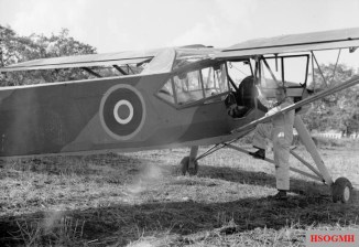 Air Vice Marshal Harry Broadhurst and his Storch, Italy, 1943.