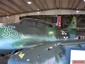 Me 262A and its Junkers Jumo 004 turbojet engine (Yellow 5), NMUSAF-Dayton, 2007.