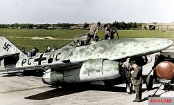 Test flight of the Me 262 V3, airbase Leipheim at 8.40 am on 18 July 1942.