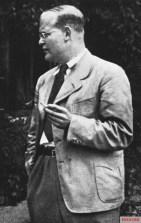 Dietrich Bonhoeffer at Sigurdshof, 1939.