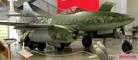 Hans Guido Mutke's Me 262 A-1a/R7 on display at the Deutsches Museum.