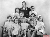 Joseph Goebbels, his wife Magda, and their six children. Standing in the back is Goebbels' stepson, Harald Quandt, the sole family member to survive the war.