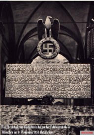 Feldhernhalle ehrenmal postcard.