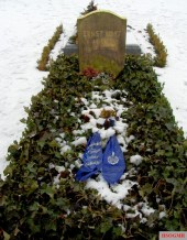 Ernst Udet's grave in Invalidenfriedhof Cemetery, Berlin.