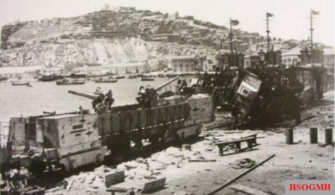 """Remains of the Italian Navy armed train """"T.A. 76/2/T"""", destroyed by USS Bristol while opposing the landing at Licata."""