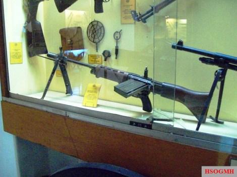 """An FG 42 in the """"Museo de Armas de la Nación"""", Argentina."""