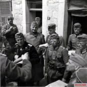 Oberst Karl Rothenburg (Kommandeur Panzer-Regiment 25 / 7.Panzer-Division) in France, 1940.