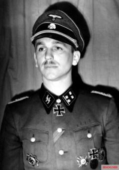SS-Obersturmbannführer Kurt Meyer, commanding Leibstandarte's reconnaissance battalion, after being awarded the Oak Leaves to the Knight's Cross during his one-day visit to the Führerhauptquartier Werwolf, Vinnytsia, 25 February 1943.