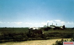 Heinkel He 111 H-3 Nr.5 of Aeronautica Regală Română (ARR, or the Royal Rumanian Air Force), taken at an unknown airfield in Bessarabia.