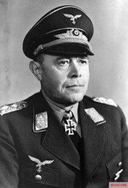 Generalfeldmarschall Albert Kesselring wearing his Knight's Cross in 1940