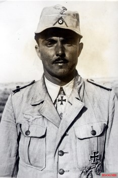 Oberleutnant Karl Wiegand after receiving the Knights Cross from Erwin Rommel.