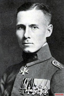 Lieutenant Erwin Rommel, company commander in the Württemberg Mountain Battalion.