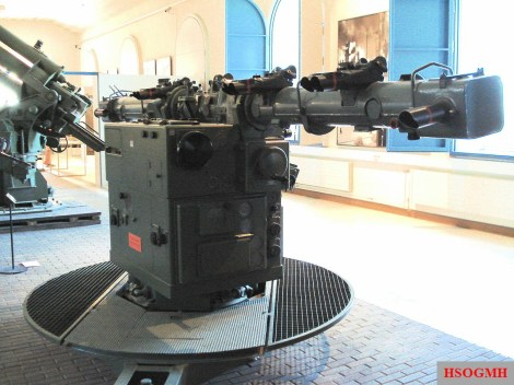 Kommandogerät 40, the rangefinder and mechanical analog computer for directing anti-aircraft guns, Manege Military Museum, Helsinki Finland, 2006.