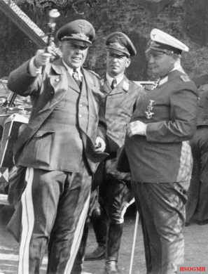 Kesselring, with his chief of staff, Wilhelm Speidel, and Hermann Göring, 1940.