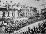 Allied troops parade through Vladivostok in armed support of the anti-communist White Army, September 1918.