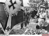 Hermann Göring at Hans Jeschonnek's funeral.