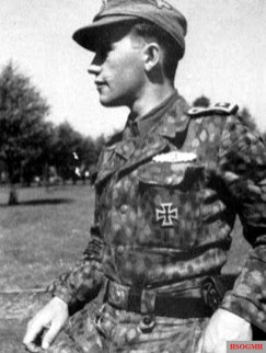 Knight Crossbearer Miervaldis Adamsons in rare pea-worthy field suit.