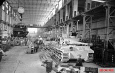Assembly facility; the vehicles are fitted with the narrower transport tracks, 1943.