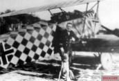 Ein_junger_Erhard_Milch_bei_der_Jagdgruppe_6_im_Ersten_Weltkrieg