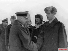 Paulus meets with Heitz other German generals captured in Stalingrad, February 4, 1943.