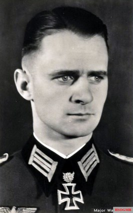 Major Walter Mix.
