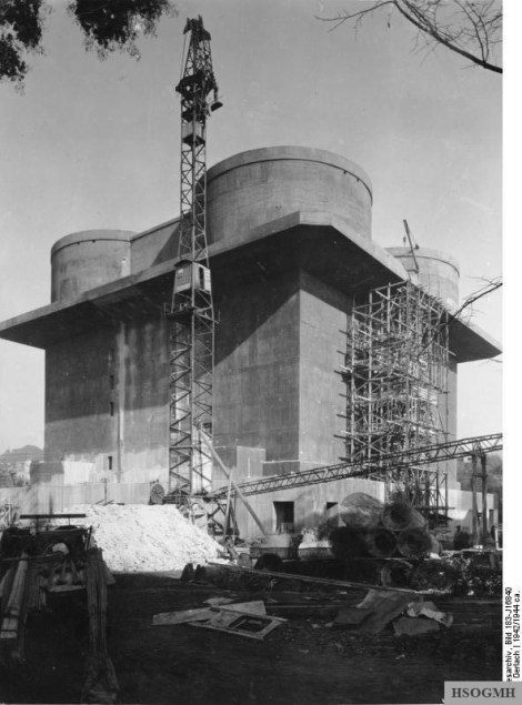 Flak tower during construction, 1942.
