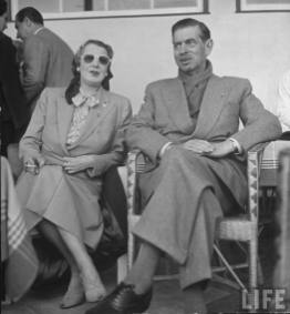 Elena Lupescu si Carol la Estoril in 1950