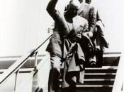 1961 - Nicolae Ceauşescu în spatele lui Dej şi Bodnăraş la venirea de la Moscova Fototeca online a comunismului românesc