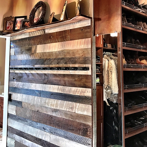 Big Bear Lake, CA – Customer requested highly contrasting barn wood shiplap, vivid white with a few ebony boards mixed with weathered gray/beige, unfinished.