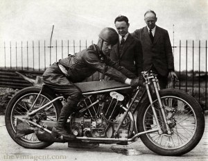Joe Wright on August 31st, 1930 in Arpajon, France (near Montlhéry), where he recorded a World Speed Record of 137.32mph using a supercharged 1,000cc JAP engine in an O.E.C chassis