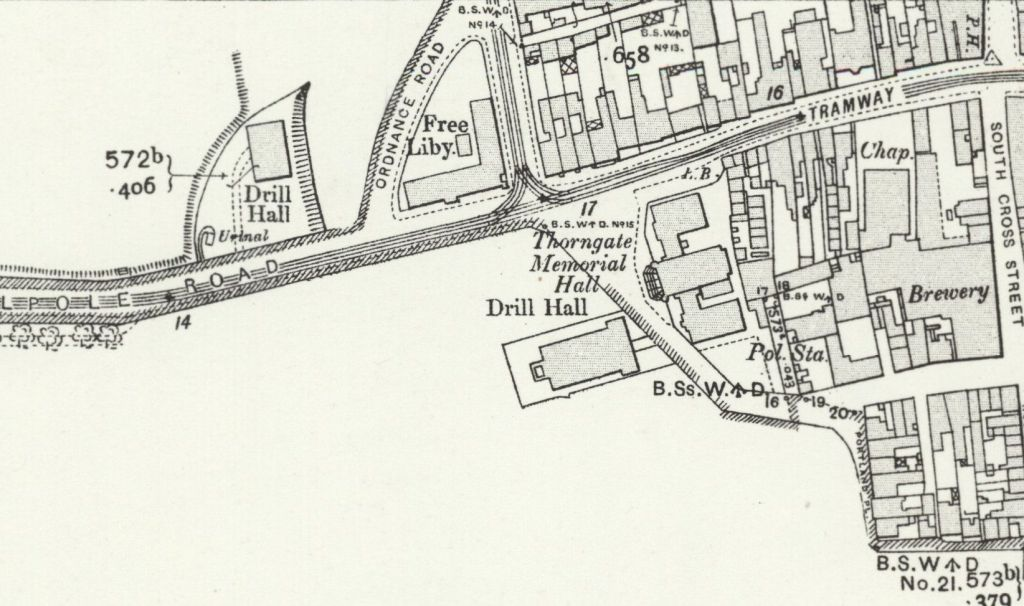 Free Library 1906. The ramparts are not shown on this map.