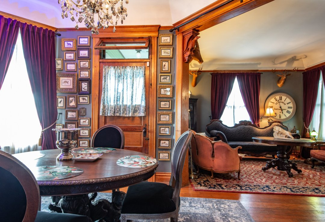The wall of antique prints by Lizars in the dining room of the Harris House in Glendale, Los Angeles County