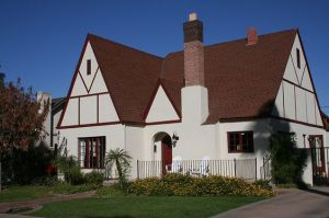Willo Historic District Tudor In Phoenix AZ