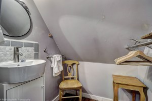 bathroom,phoenix,remodeled,historic,district,real,estate,downtown,home