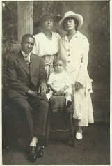Bill, Bessie, Estelle and Baby Starks
