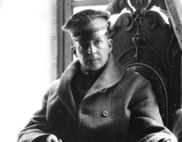 Douglas MacArthur in 1918