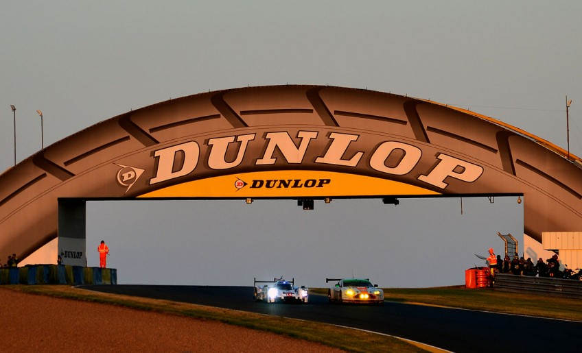 Dunlop-banden. Reclame uit ca. 1985 - cc