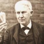 Thomas Edison met een gloeilamp