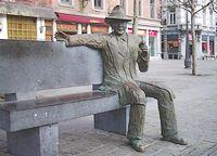 Beeld van Simenon in zijn geboorteplaats Luik