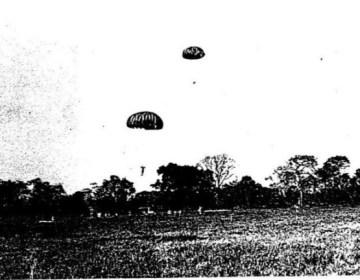 Cubanen oefenen parachutelandingen