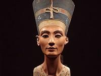 Egypte gaat 'bewijzen' dat Duitsland de buste van Nefertiti stal
