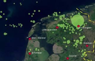 Aardgasvelden in Nederland. (Een deel van de velden op zee is niet afgebeeld.) - wiki