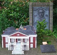 Geboortehuis en monument in Madurodam